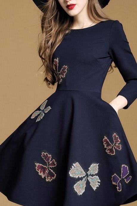 Women Fashion Simple Bodycon Long Sleeve Embroidery Mini Dress HY103020