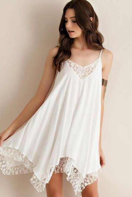 White Lace Appliquéd Plunge V Chiffon Shift Dress Featuring Irregular Hem